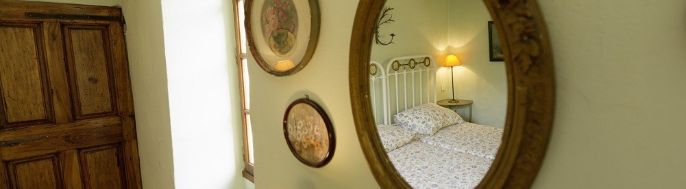 provence evasion. Black Bedroom Furniture Sets. Home Design Ideas